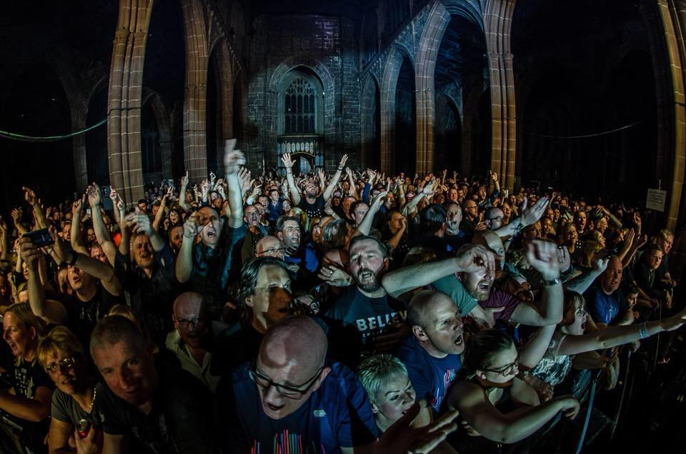 The Slow Readers Club at Manchester Cathedral - Photo by Trust A Fox Photography