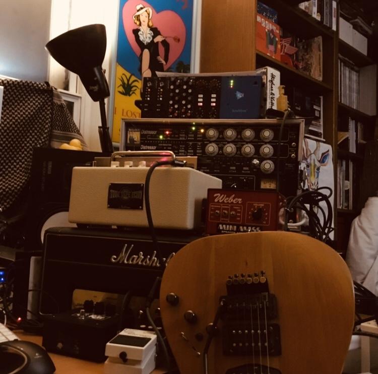 Bjorn Agren from Razorlight set-up
